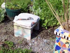 Knee saver weeding stool
