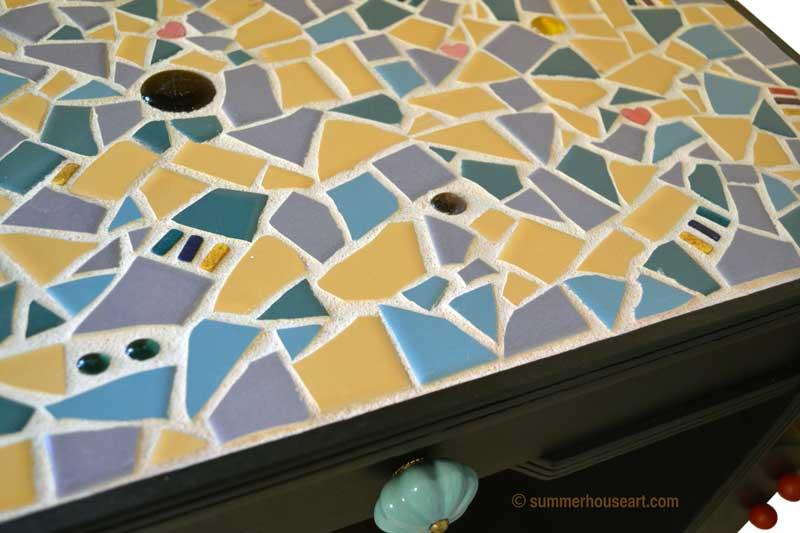 Mosaic top detail