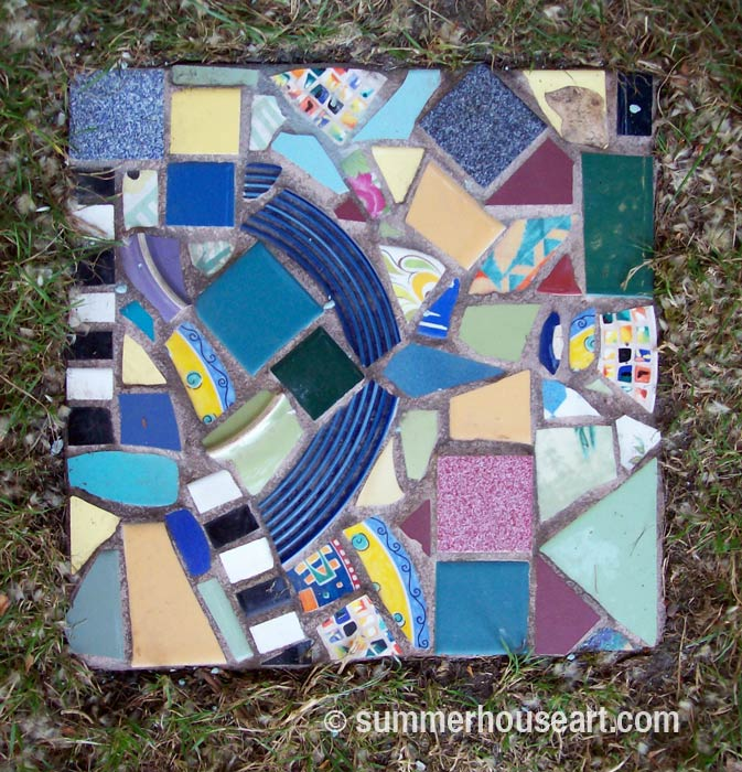 Pique Assiette Stepping Stone, summerhouseart.com