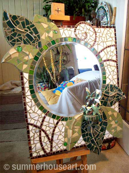 Student Fern's finished mirror Summerhouse Art mosaic class