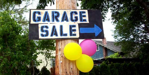 garage-sale-sign-blue