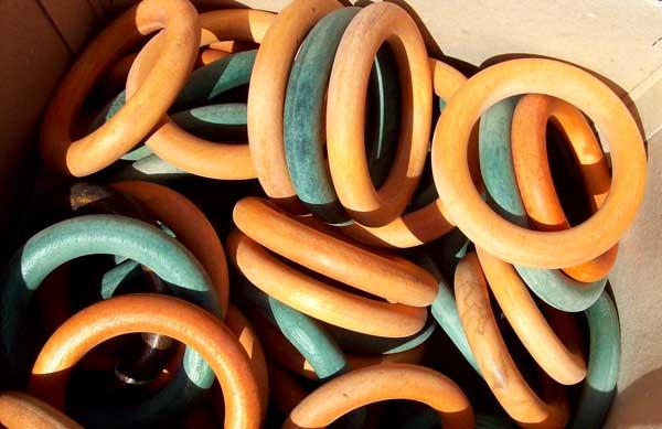 yellow-grn-rings